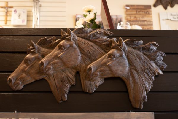 horse head decor